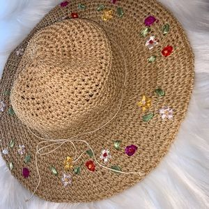 Accessories - Vintage straw hat